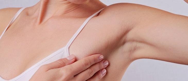 脇の処理方法と注意点:カミソリ・シェーバーでの自己処理、ワックス脱毛方法