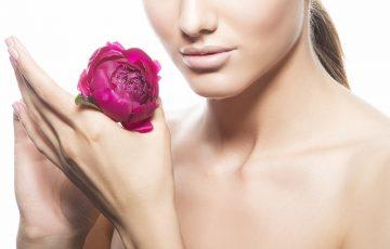 乳首美白に効く商品おすすめランキング|ピンクのバストトップを叶えてくれる魅惑のクリーム&ソープ7選
