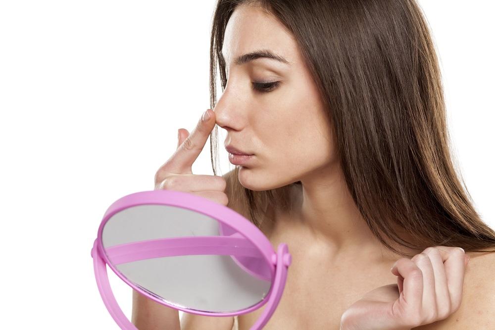 鼻のブツブツに効く化粧品の選び方