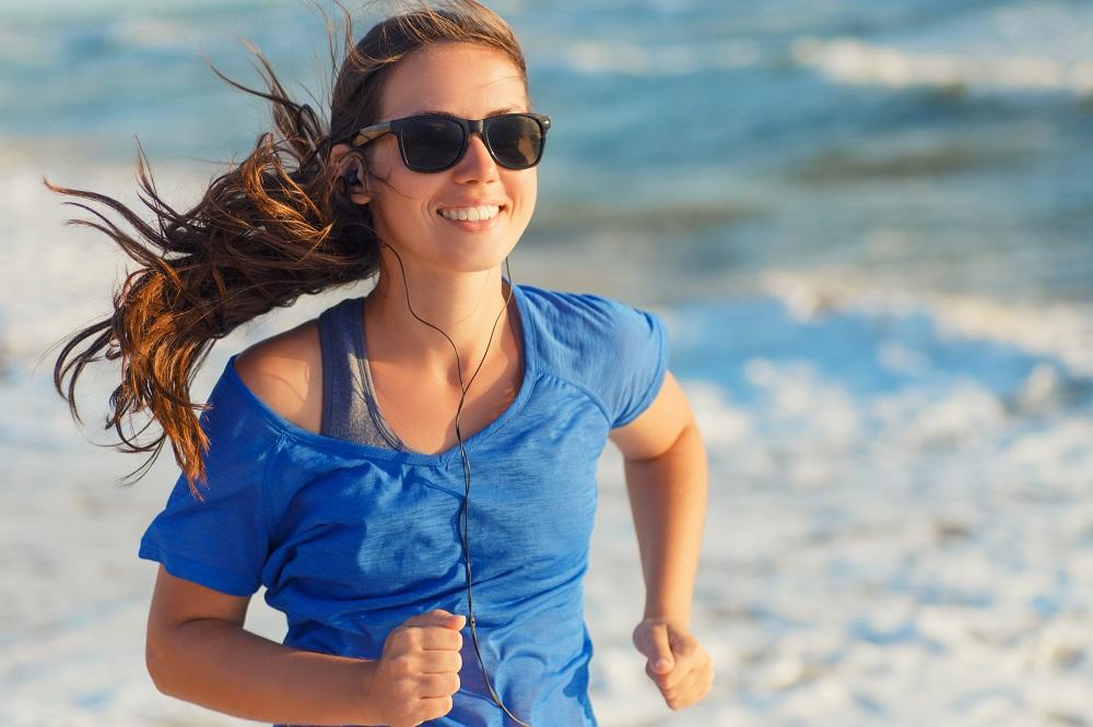 背中の汗を抑える生活習慣とは