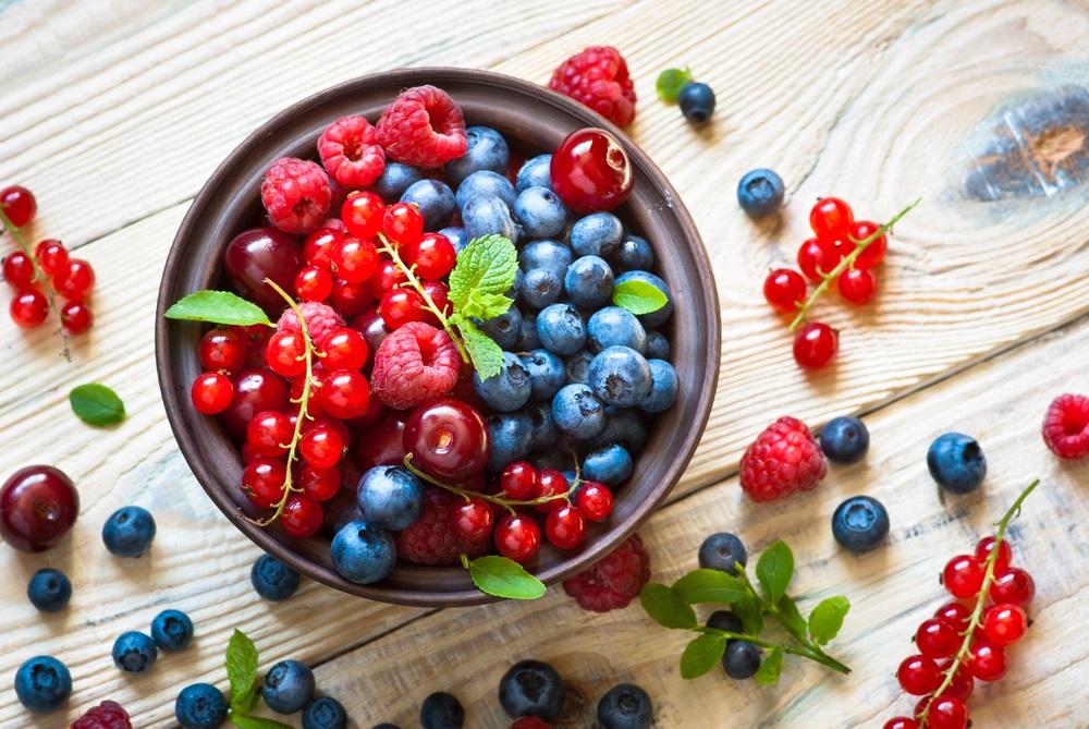 レッドスムージーに入っている赤い野菜や果物がもたらす効果について