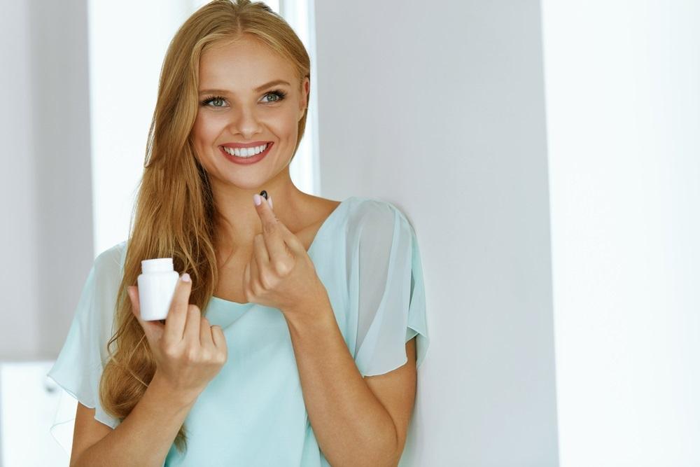 乾燥肌を改善するサプリの成分