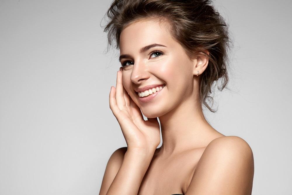 アスタキサンチン配合化粧品で期待できる美容効果とは?
