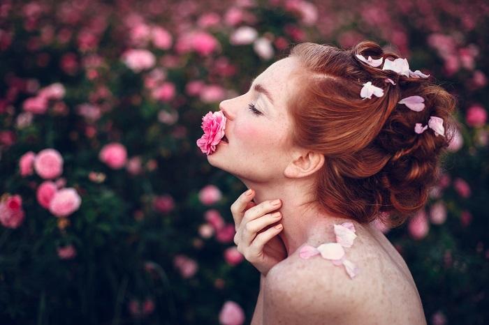 バラサプリおすすめランキング2017|ローズが華やかに香りながらホルモンバランスを整えるバラサプリ5選